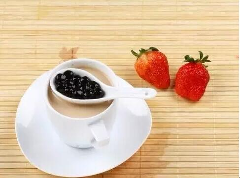 Why black tapioca pearls taste QQ and chewy